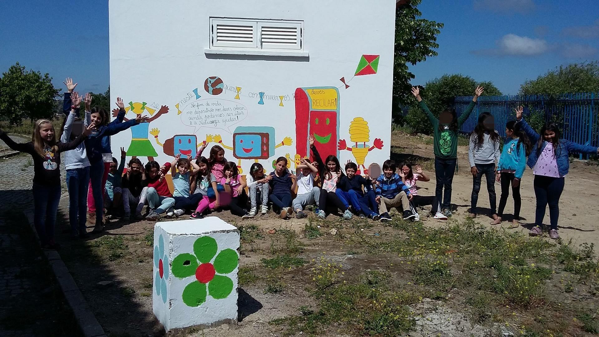 Mural dos REEE (3) retocada